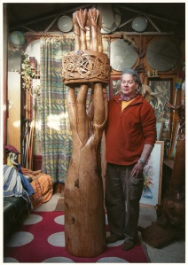 robin with finished carving